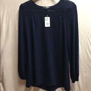 NWT SUZANNE BETRO TOPS & BLOUSES